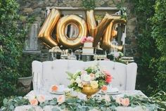 Ballon Lettre 'LOVE' Gold