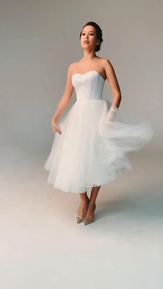 1950 Wedding Dress, Short Wedding Gowns, Civil Wedding Dresses, Tea Length Wedding Dress, Wedding Party Dresses, Bridal Dresses, Short Bride, Tulle Dress, Marie