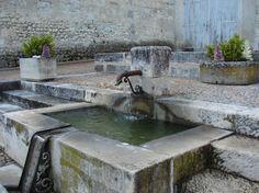 Aubeterre sur Dronne - Fontaines et Lavoirs