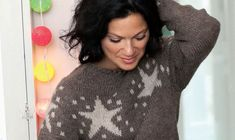 Se strikkeopskriften her. Alter, Pullover, T Shirts For Women, Knitting, Sweaters, Inspiration, Tops, Fashion, Brioche