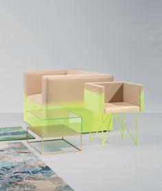 Two-Tone and Gradient Furnitures Series-00L'atelier Biagetti a conçu cette collection de meubles aux couleurs étonnantes. Bicolores pour certaines pièces, tirant du beige au jaune fluo, ou dégradées pour d'autres allant du bleu ciel au blanc, cette série d'assises, commodes et tables démontre encore une fois la créativité et l'audace du studio italien en matière de design.