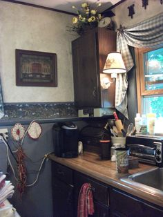By the end, this little kitchen was sweet and cozy; for one!
