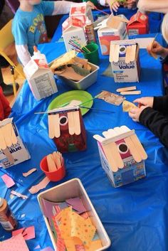 Recycle Craft Milk Carton into a House. School Projects, Projects For Kids, Diy For Kids, Kids Crafts, Preschool Crafts, Milk Carton Crafts, Music Themed Parties, Music Party, Family Theme