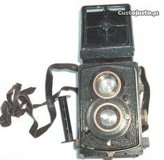 Máquina fotografica Rolleiflex estojo couro