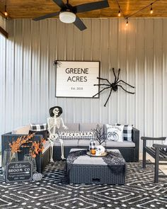 "Julia | Greene Acres Farmhouse on Instagram: ""Ekk! I'm loving decorating for Halloween this year! It has been fun to add simple touches to spaces to make it fun for Halloween! Riba…"""