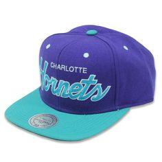 Mitchell & Ness NBA Charlotte Hornets Retro Snap Back Cap £29.95