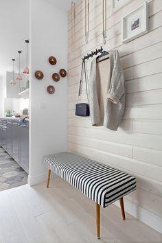 Fehér, szürke, fekete és egy kis türkiz - modern berendezés, skandináv hangulat egy 80m2-es lakásban