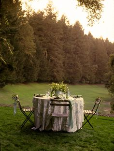 Romantic Green Spring Wedding Ideas