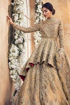 30 Stunning Pakistani Bridal Walima Dresses for Your Inspiration – Folder - Pakistani dresses Asian Bridal Dresses, Pakistani Wedding Outfits, Pakistani Bridal Dresses, Pakistani Wedding Dresses, Pakistani Dress Design, Bridal Outfits, Indian Dresses, Pakistani Couture, Indian Wedding Gowns