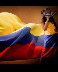 Colombia Flag, Colombia South America, Colombia Travel, Colombian Culture, Colombian Art, Colombian Coffee, Innovative City, Philippines Culture, Spanish Woman