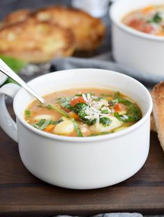 Parmesan Gnocchi Soup is a hearty and healthy meal loaded with flavor that your whole family will love   COPYRIGHT © 2017 COOKING WITH CURLS