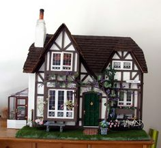Life in size 1:12: Mary's house