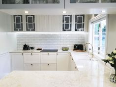 LaBella Kitchens - Auckland Kitchen Designers, offer a 10 year warranty on all their workmanship. See what makes us the right choice for your new kitchen. Kitchen Pantry Design, Luxury Kitchen Design, Contemporary Kitchen Design, New Kitchen Cabinets, Best Kitchen Designs, Home Decor Kitchen, Interior Design Kitchen, Kitchen Layout, Auckland