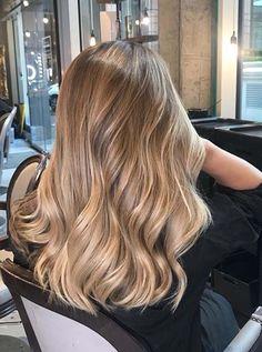 Blonde Hair Looks, Honey Blonde Hair, Golden Blonde Hair, Blonde Hair Dyed Brown, Golden Brown Hair, Beige Blonde, Blonde Color, Brown Hair Balayage, Hair Color Balayage