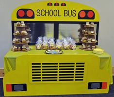 School Bus table - made from corrugate using the table top as the hood of the bus - made by my husband! School Bus Cake, School Bus Party, Back To School Party, Magic School Bus, School Parties, School Buses, Party Bus Games, 2nd Birthday Party Themes, 3rd Birthday