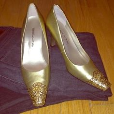 Bellini Shoes - Beautiful Bellini gold leather metal toe heels