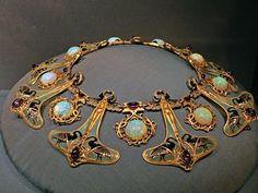 René Lalique, Art Nouveau Dragonfly Neck Collar, precious metals, precious stones, enamelling