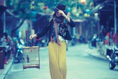 Eniko's Getaway–The latest shoot from Anthropologie goes to Vietnam with Hungarian stunner Eniko Mihalik. The top model poses for the lens of Diego Uchitel… Anthropologie, Bohemian Mode, Boho Chic, Boho Gypsy, Style Bobo Chic, My Style, Top Model Poses, Fashion News, Boho Fashion