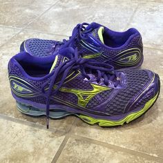 Mizuno WaveCreation 13 purple running shoes size 9 Women's Mizuno Wave Creation 13 running shoes GUC size 9 purple and yellow. Worn a handful of times. Super comfortable! Just a little too big for me. Mizuno Shoes Athletic Shoes