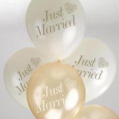 Luftballone und Helium www.derhochzeitsshop.at Just Married, Place Cards, Place Card Holders, Wedding Baskets, Balloons, Newlyweds, Gifts