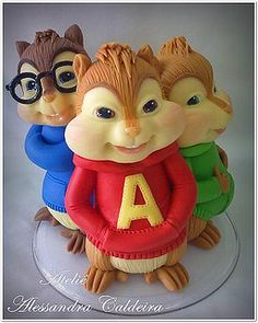 One amazing cake! Alvin and the Chipmunks artwork.