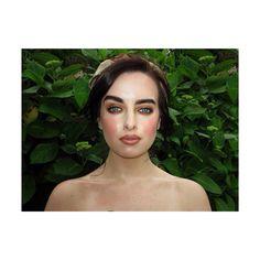 Nina ❤️ oil flooded skin and vintage headscarf Gypsy Chic, Boho Gypsy, Oil, Vintage, Fashion, Moda, Fashion Styles, Vintage Comics, Fashion Illustrations