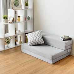 This folding mattress combines comfortable and convenient design allows you to have a good rest. This versatile mattress bed serves multiple functions and it's super easy to use. A foldable and lightweight design makes it suitable for travel and storage. You can use it as a comfortable bed when camping. It can also pro