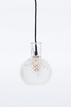 70 € UrbanOutfitters.com: Awesome stuff for you & your space