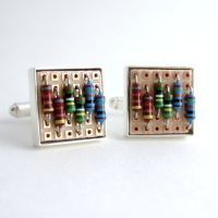 Prototyping Circuit Board and Resistor Cufflinks by Techcycle on DeviantArt Pc Parts, Diy Rings, Wave Pattern, Game Pieces, Circuit Board, Resin Jewelry, Cufflinks, Creations, Geek Stuff