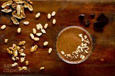 Zdrowy mus kakaowy z bananem i nasionami chia