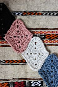 Hilja Design -blogi: Harlekiinineliön ohje - Pattern for harlequin granny square - English at bottom!