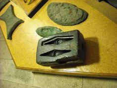 Stone Molds, Medieval Life, Metal Casting, It Cast, Pewter, Glass, Stamping, Connection, How To Make