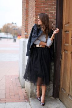 Street Style #streetchic #chic #classy #black #skirt #fashion