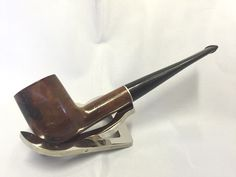 A personal favourite from my Etsy shop https://www.etsy.com/uk/listing/461937138/briar-straight-tobacco-estate-pipe-9mm