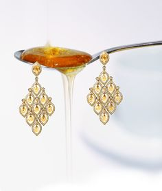 Victoria Tryon Alia collection drop earrings in yellow gold with citrines and diamonds