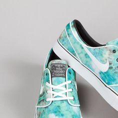 Nike SB Stefan Janoski PR QS Turbo Green / White - Bright Citron (Tie Dye) These are so beautiful😍 Nike Shoes Cheap, Nike Free Shoes, Nike Shoes Outlet, Running Shoes Nike, Cheap Nike, Nike Sb, Nike Air Max, Runs Nike, Nike Zoom