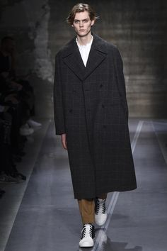Marni Fall 2016 Menswear collection Mats Van Snippenberg