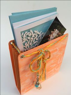 Sizzix Mini-Album Travel Stationery Set | Eileen Hull | Bloglovin'