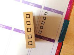 Handbuch für Stempel ☆ ☆    Eine praktische Siegel, benutzerfreundliche Handbuch oder Hinweis gemacht.     < Größe >  < 5 Box Stempel > Stempel Größe: 12 mm Höhe x 34 mm breit x 37 mm lang   < Häkchen > Stempel Größe: 5 mm breit x 80 mm lang      < Stehen einfache NAP]    https://www.etsy.com/jp/shop/CoolJapanSTAMP?ref=hdr_shop_menu&section_id=17022501   Planen Sie Briefmarken:  https://www.etsy.com/jp/shop/CoolJapanSTAMP?ref=hdr_shop_menu&section_id=17105865   Einzigartige Briefmarken…