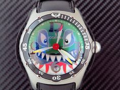 Rare-CORUM-bubble-dive-bomber-SHARK-with-box-and-papers