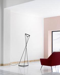 Tango Designer Gomez Paz, Francisco @luceplan_lighting #madeinitaly #designlamp #modernledlights #floorlamp #luceplan #franciscogomezpaz Luce Plan, Lamp Design, White Light, Tango, Floor Lamp, Lighting, Modern, Black, Instagram
