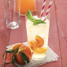 Ginger-Peach Soda - just sugar, ginger, peaches & seltzer (and a splash of rum if you feel like it). A great refresher for summer.