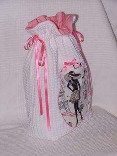 Sacs Diy, Diy Sac, Sewing Tips, Sewing Hacks, Drawstring Bag Pattern, Style Parisienne, Sarah Kay, Creation Couture, Lingerie