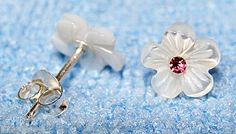 DAINTY WHITE SHELL & PINK CRYSTAL FLOWER STUD EARRINGS , .925 STERLING SILVER, One Day Handling Time! FREE SHIPPING!