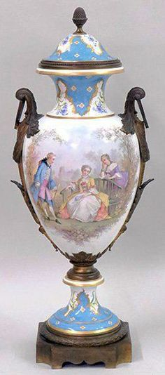 Antiques Vase Crystal Signed Sevres France Distinctive For Its Traditional Properties Other Antique Decorative Arts