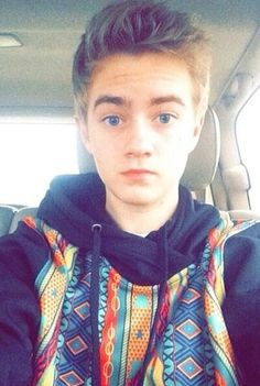 Jack Johnson reminds me of Thomas Sangster(Newt) from The Maze Runner