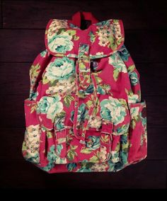 Floral Aeropostale backpack for school this year!