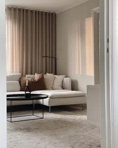 Negative space and natural light is all you need to create the most beautiful setting.⠀ ⠀ Duke Coffee Table styled and photographed by ⠀ __⠀ Living Room Inspiration, Furniture Inspiration, Interior Design Inspiration, Coffee Table Styling, Negative Space, Minimal Design, Interior Styling, Natural Light, Duke