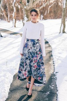 Cute Ways To Wear A Midi Skirt | Floral