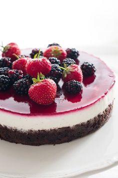 Schoko-Beeren-Torte mit Vanillequarkcreme